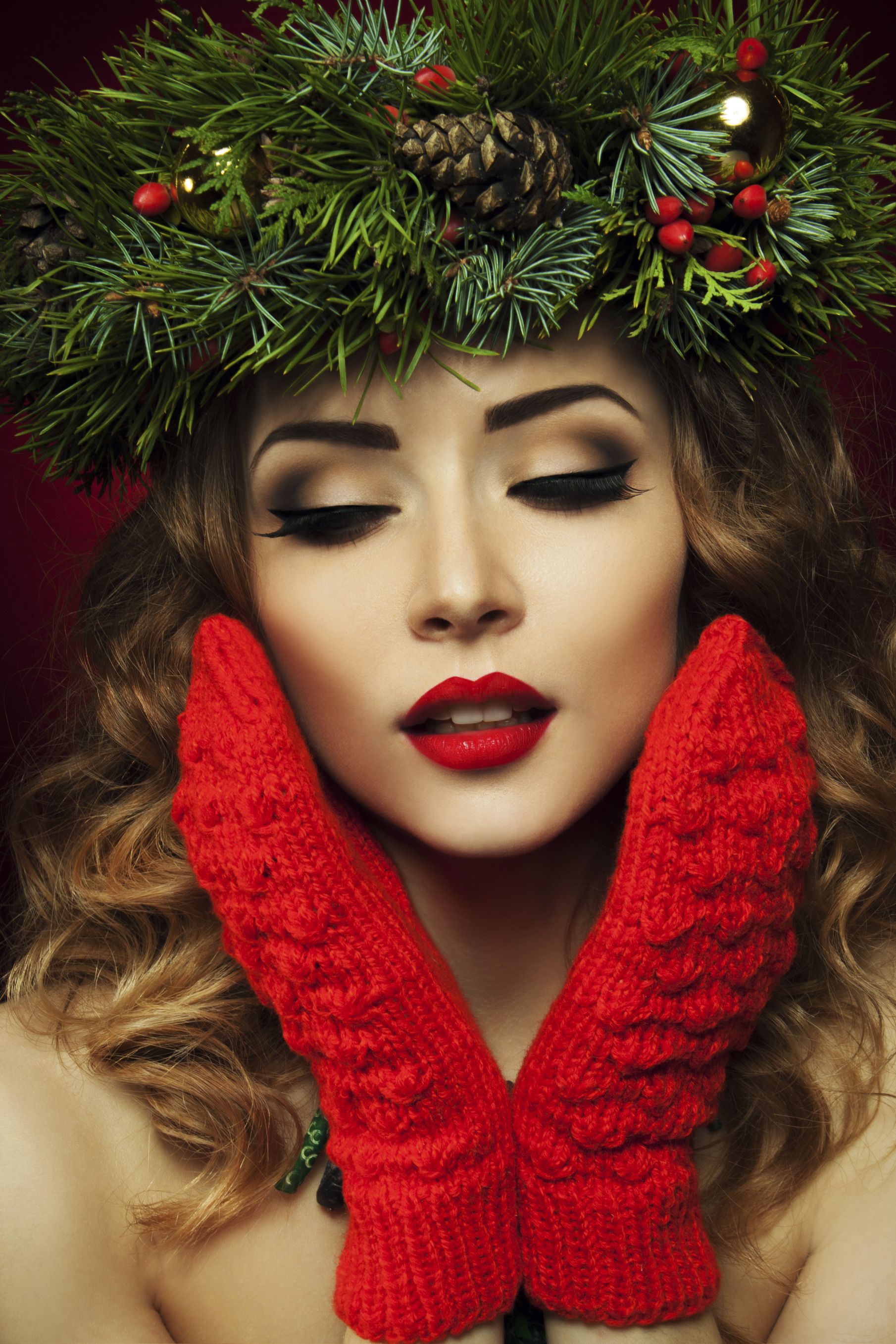 4 Holiday Beauty Tips